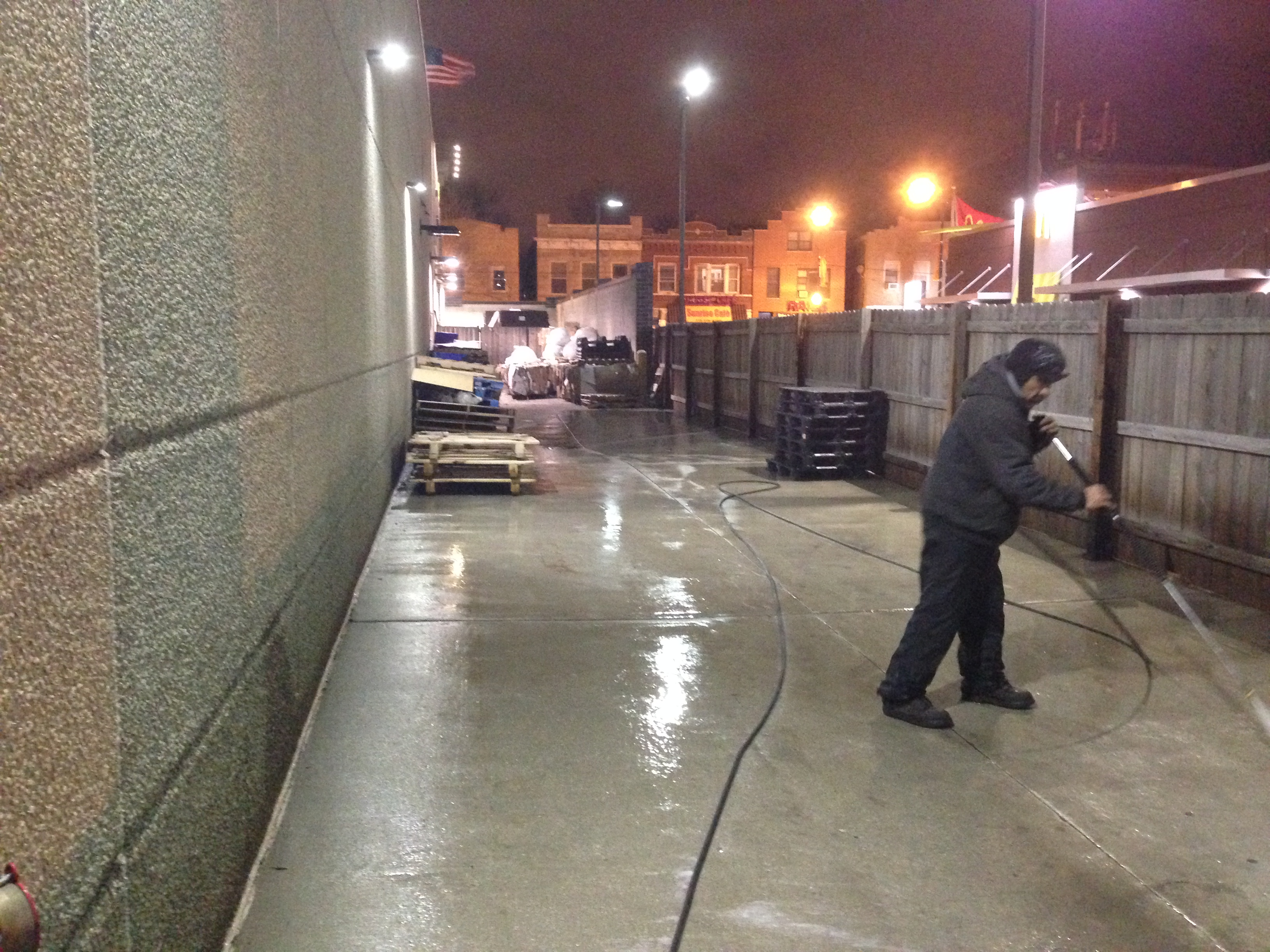 Concrete pressure washing chicago concrete power washing for Concrete cleaning service
